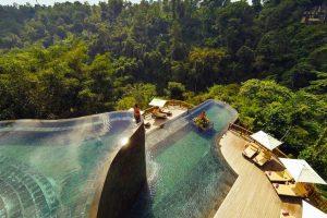 Kolam Renang Hanging Gardens Bali