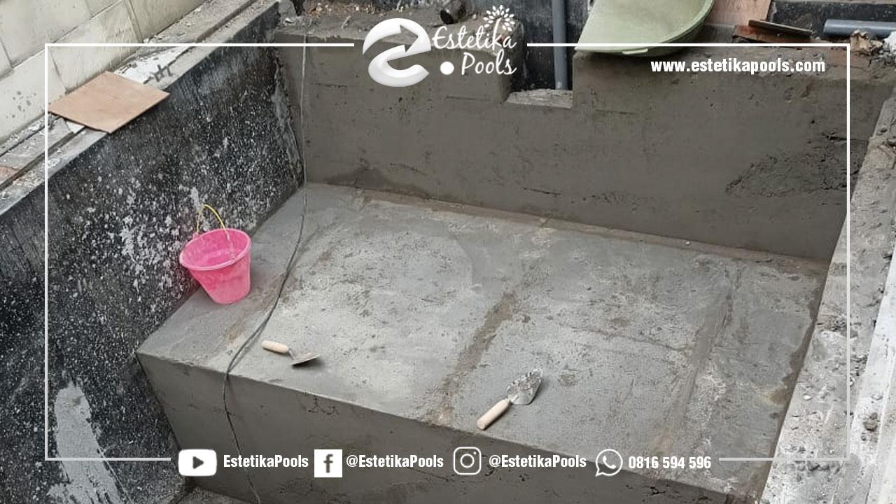 Cor Lantai dan Dinding Kolam Renang