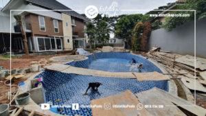 Pekerjaan Finishing Mosaic Dinding dan Lantai Kolam